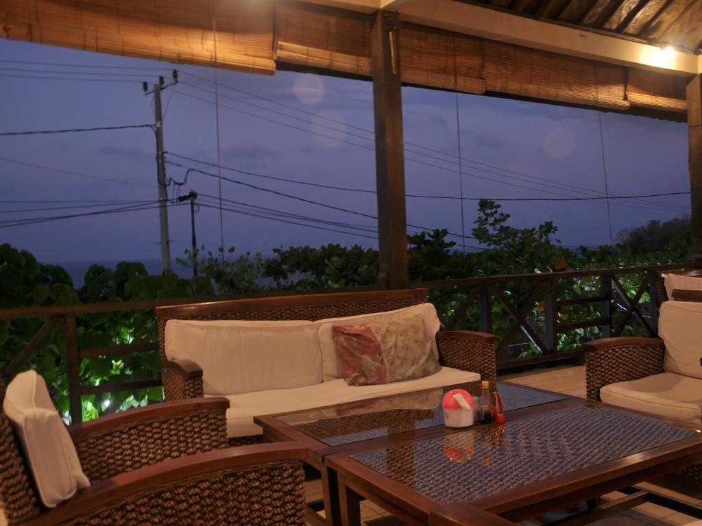 Crystal Ocean View Tulamben Hotel 8