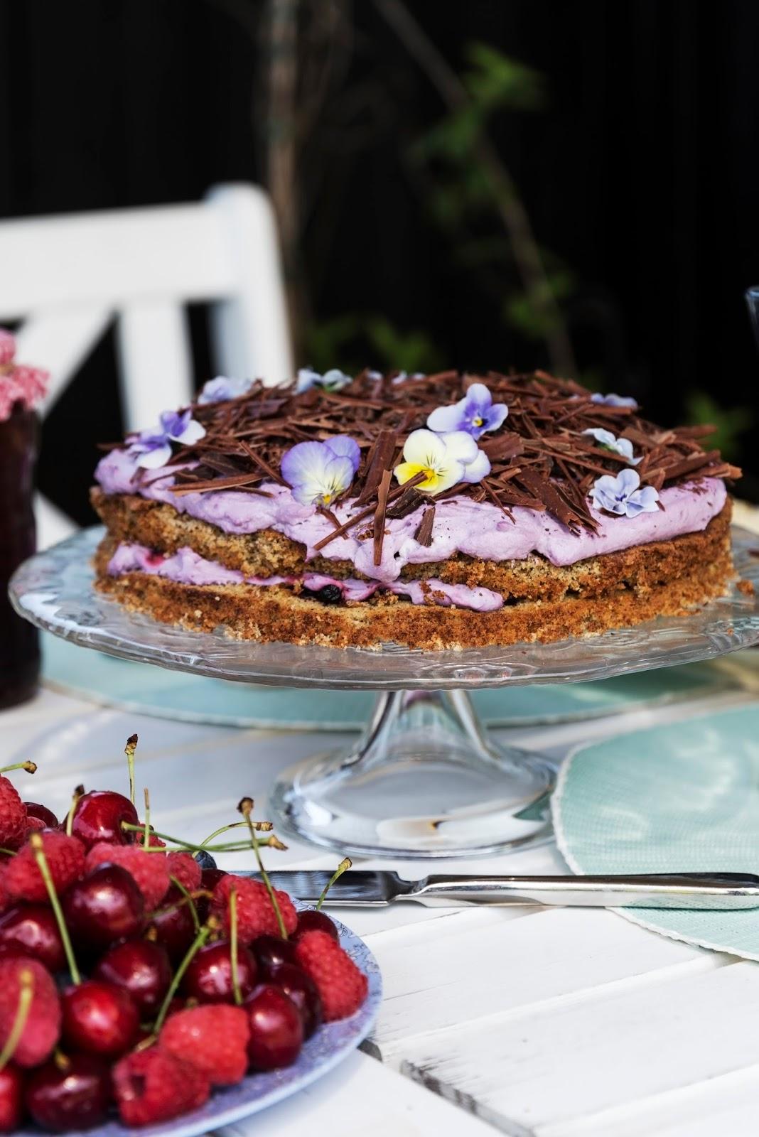 Evas Køkken Rugbrødslagkage Med Blåbær Og Chokolade