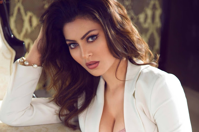 A dance clip of Urvashi Rautela (Urvashi Rautela) is going viral on which Nora Fatehi (Nora Fatehi) is seen reacting.