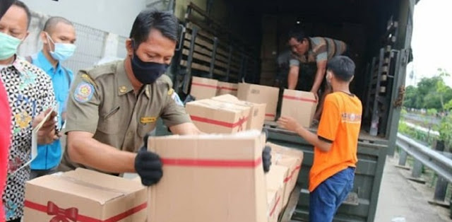 Pemprov Kirim Ribuan Paket Sembako Secara Door-to-Door, Gema Cita Apresiasi Anies Baswedan