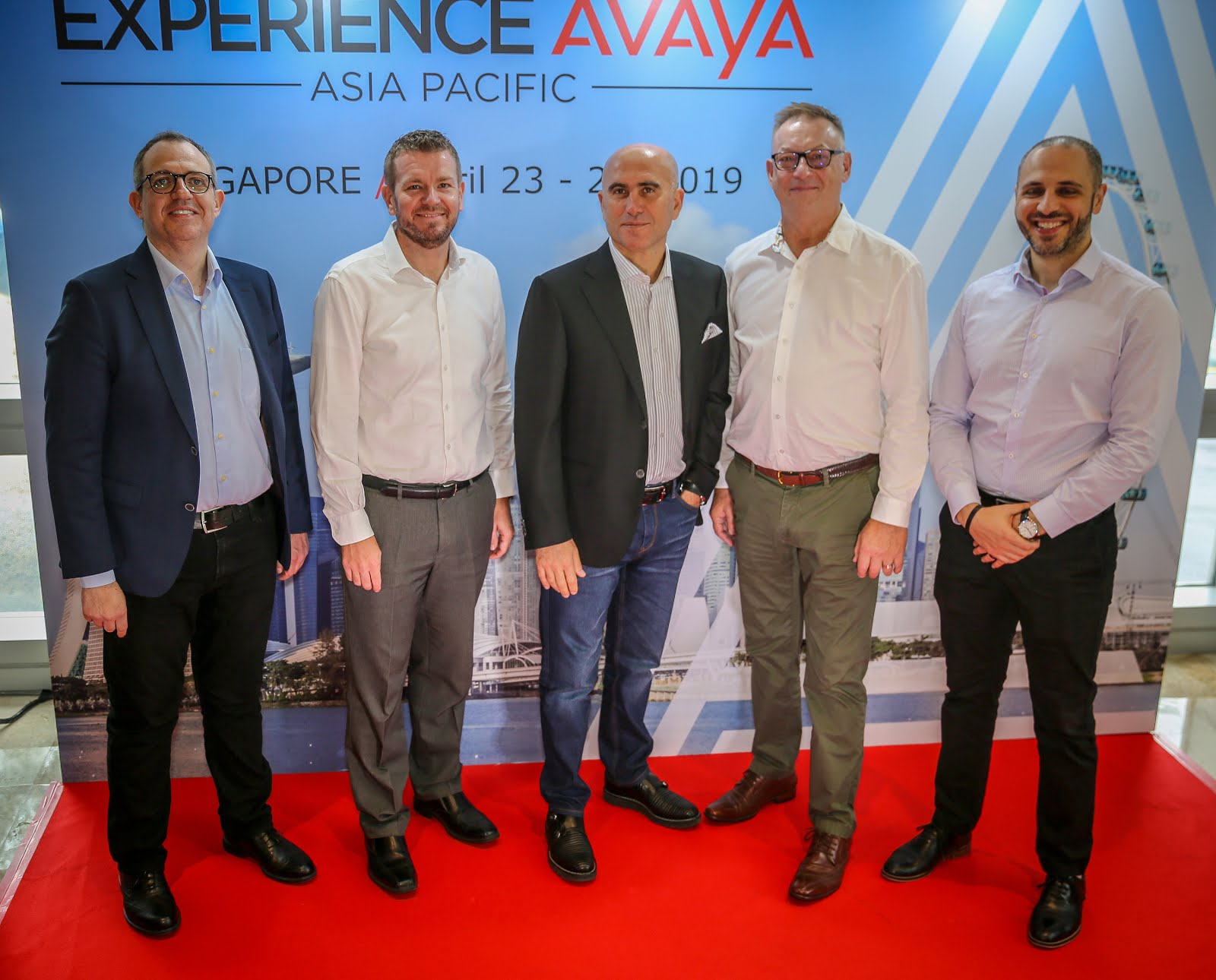 Avaya partners with Standard Chartered to deliver Multi-Year CX