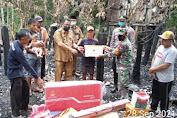 Forkopincam Tebo Ilir Salurkan Bantuan Untuk Korban Kebakaran di Desa Muaro Ketalo