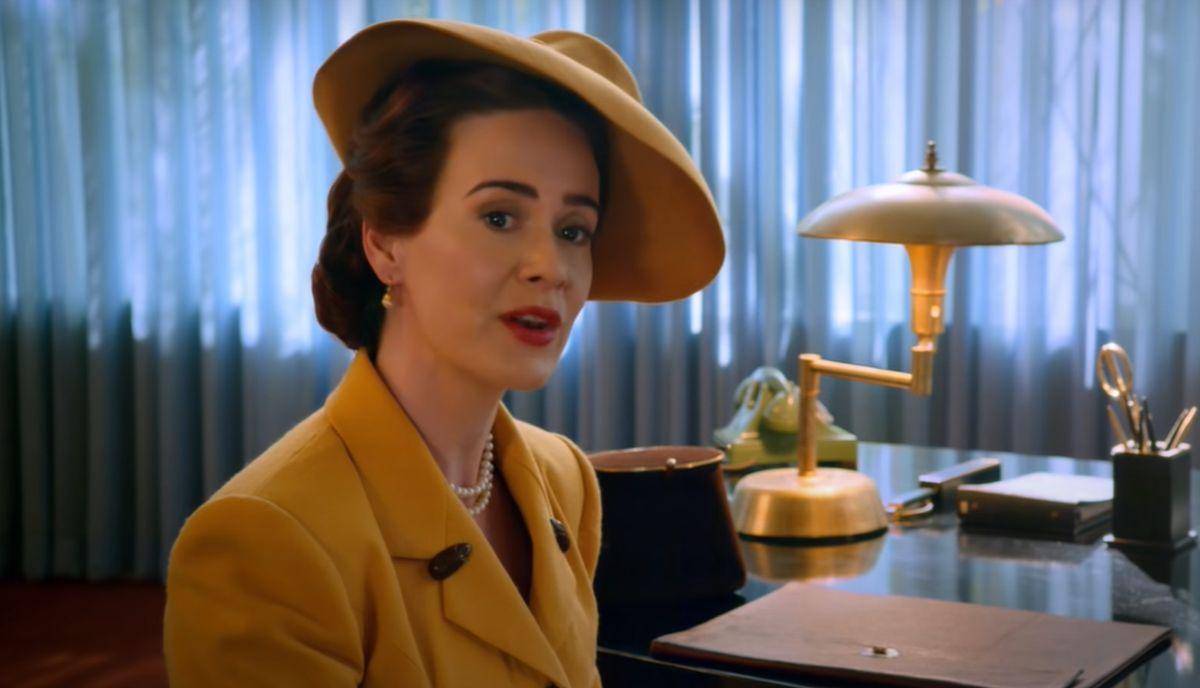Sarah Paulson es Mildred Ratched en Ratched de Netflix