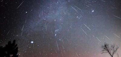 contoh hujan meteor