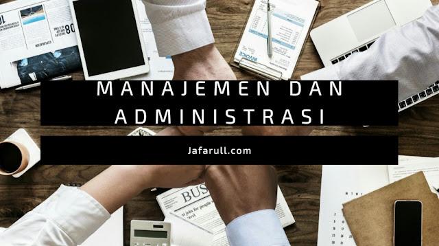 Ahli yang berpendapat bahwa administrasi sama dengan manajemen adalah