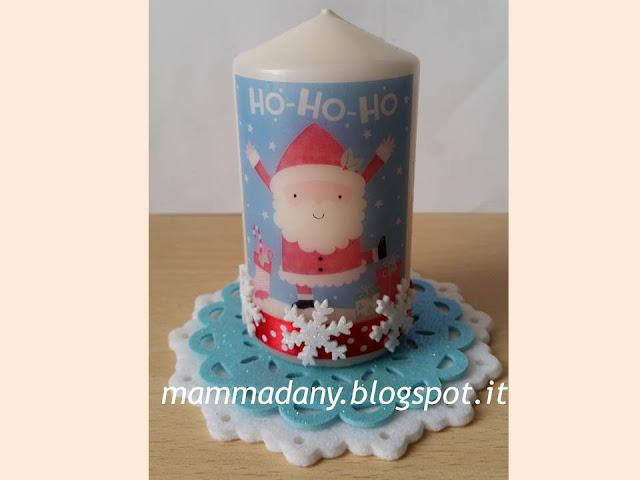 candela stampata e decorata con babbo natale e centrino di feltro