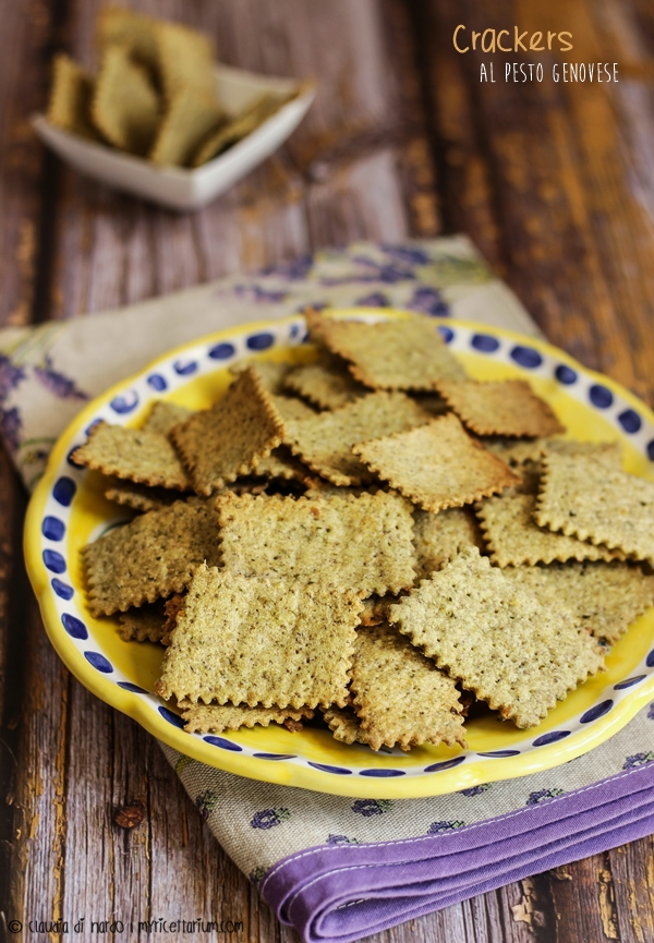 Crackers al pesto genovese