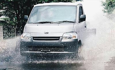 7 Komponen Mobil ini Tetap Aman Setelah Menerjang Banjir