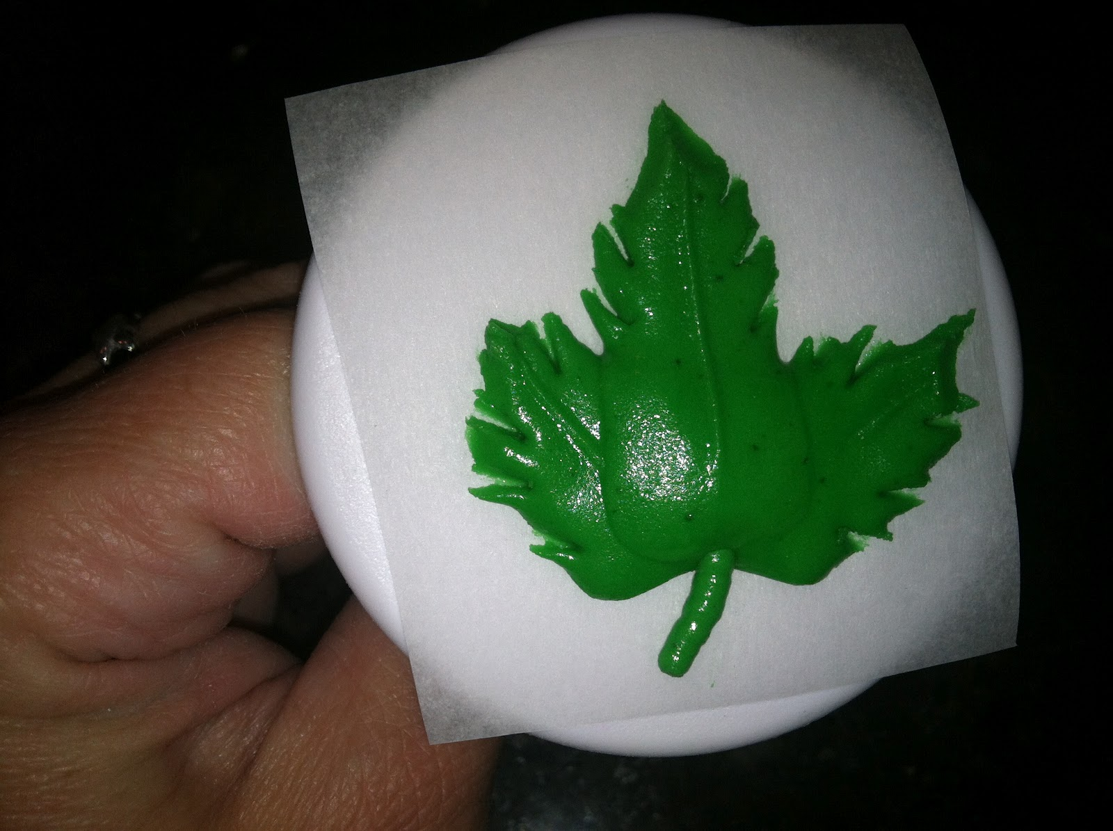The Iced Queen Royal Icing Maple Leaf