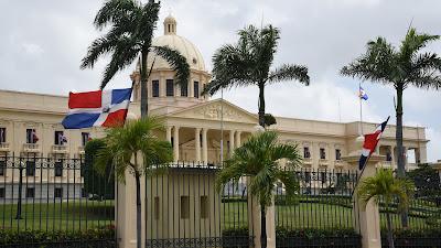 Danilo Medina felicita a la dominicana María Marte por premio gastronómico ECKART a la innovación