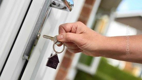 divorciado pagara aluguel mulher apartamento casal