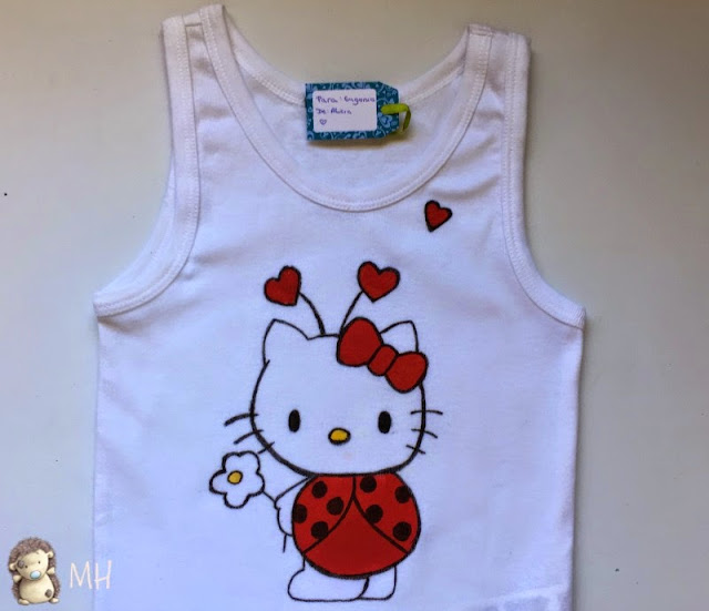 camiseta hello kitty mariquita