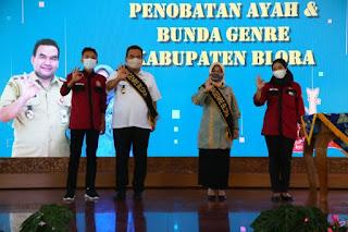 Bupati Arief Rohman dan Istri Dinobatkan Jadi Ayah Bunda Genre Blora