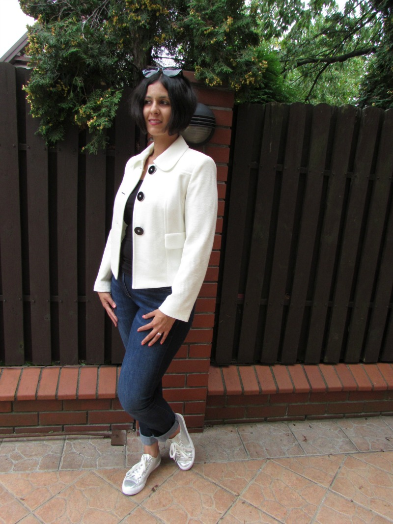 silver trainers, white blazer and jeans