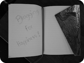blog for happiness, writing in notebook, britmums live