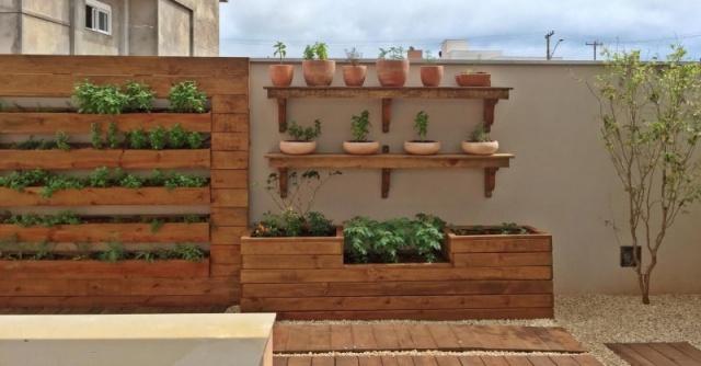 Horta como parede viva