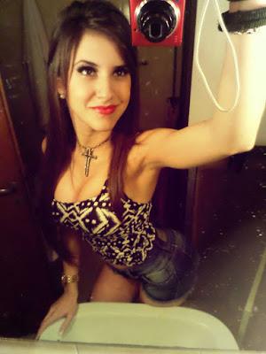 chica argentina en toma de foto