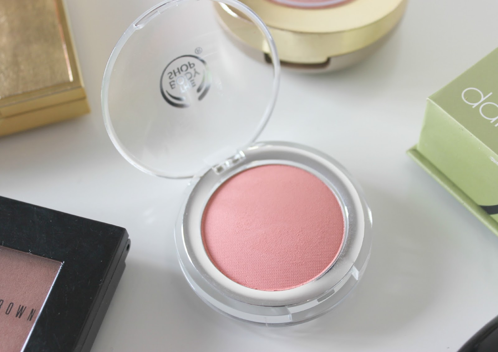 A picture of The Body Shop Macaroon All-In-One Cheek Colour