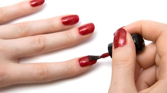 Acetone: A Polish Solvent That Can Harm The Body