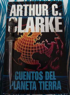 Portada del libro Cuentos del planeta Tierra, de Arthur C. Clarke