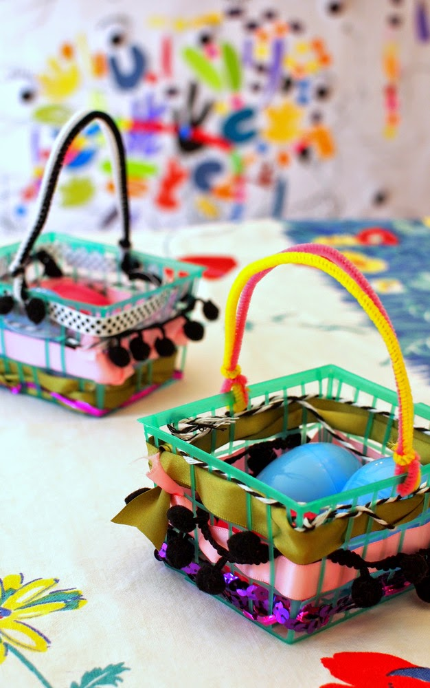 how to make woven Easter baskets with kids