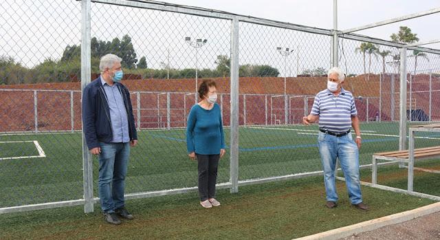 Roncador: Com os pais, deputado Douglas Fabrício visita instalação de mais uma Arena Multiuso