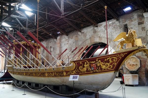 venise castello musée histoire navale pavillon navire cérémonie vittorio emanuele II