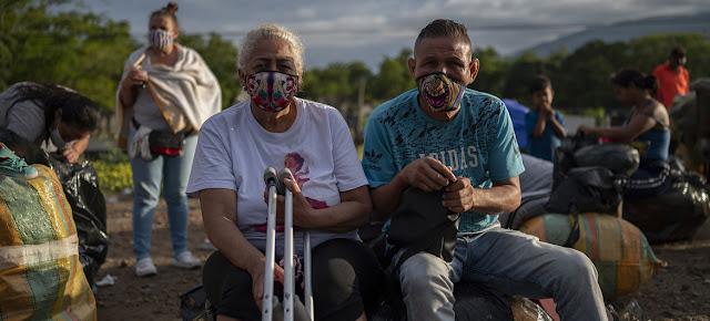 Más de 1,75 millones de venezolanos vivían en Colombia en 2020.PAHO/Karen González