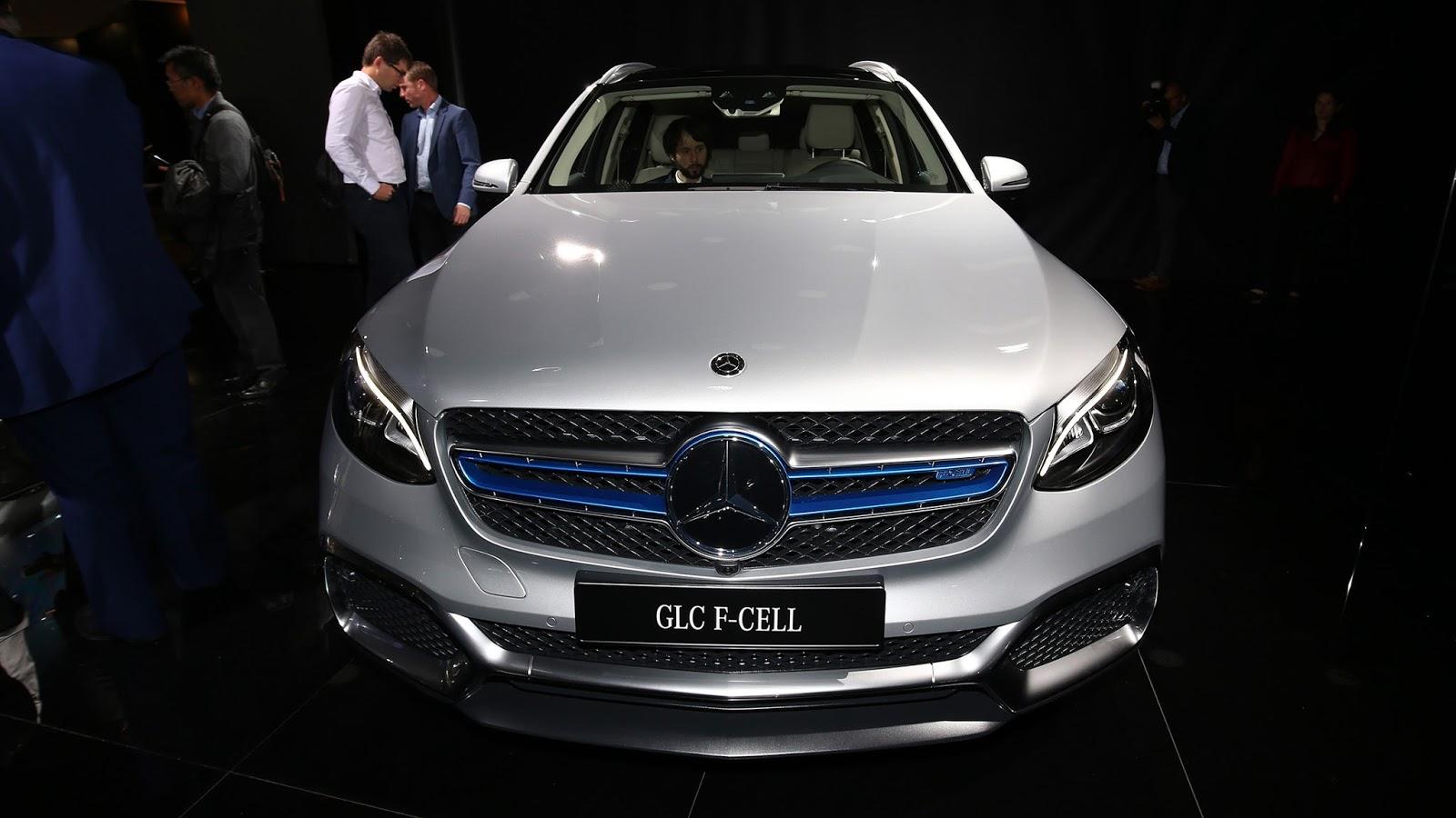 Automotiveblogz: Mercedes-Benz GLC F-Cell: Frankfurt 2017