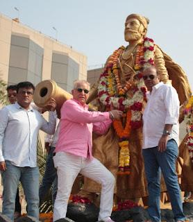 शिव जयंती पर शिवाजी महाराज  की प्रतिमा को पहनाई  माला  | #NayaSaberaNetwork