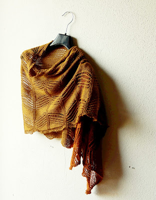 Damian - free shawl knitting pattern