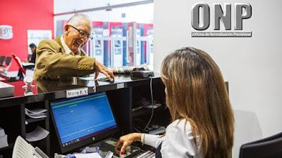 Pensionistas de la ONP recibirán bono extraordinario de 930 soles