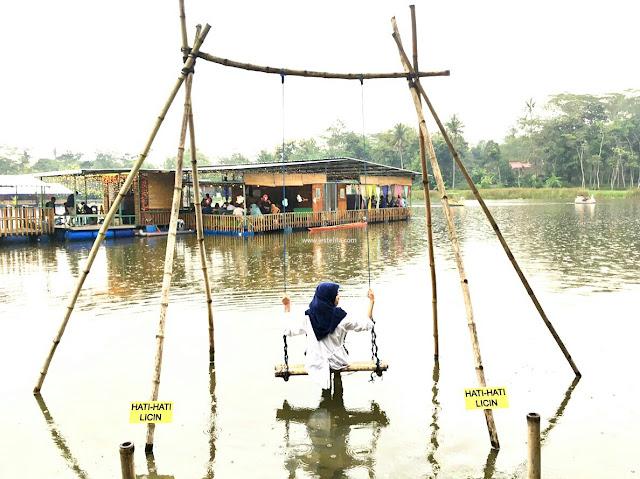 rowo klampok, wisata keluarga, wisata di Malang, wisata murah, ayunan air, tempat instagrammable, wisata instagrammable