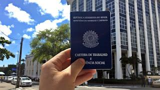 Paraíba oferece 190 vagas de emprego nesta segunda-feira (26)