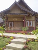 saung gawir, hotel bungalow yang dekat dengan kawah putih ciwidey