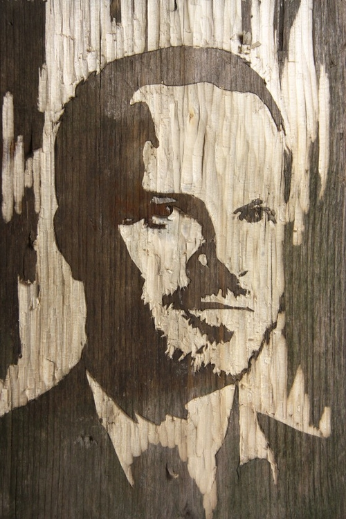 11-Wood-Portraits-Kyle-Bean-Illustrator-Art-Director-who-makes-things-out-everything-www-designstack-co