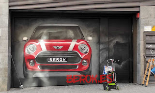 graffiti puerta garaje
