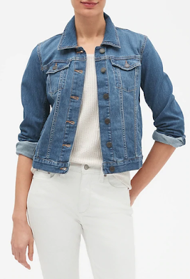 styling a jean jacket for fall