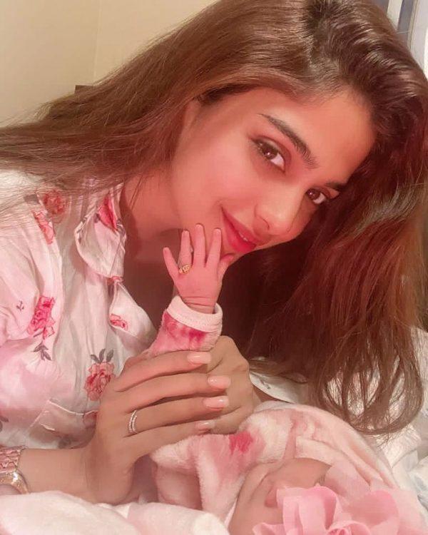 Sonya Hussain Niece Syeda Minsa
