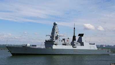 Militer Rusia Lepaskan Tembakan Peringatan ke Kapal Perusak Inggris di Laut Hitam