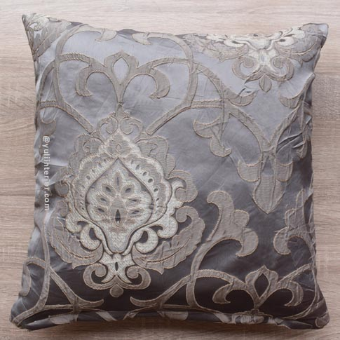 Decorative Accent Throw Pillows in Port Harcourt, Nigeria