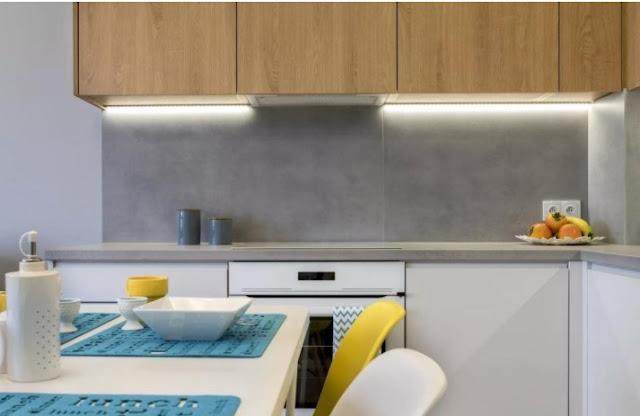 gray kitchen backsplash