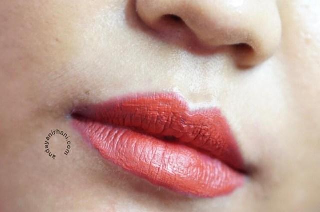 swatch lip cream pixy