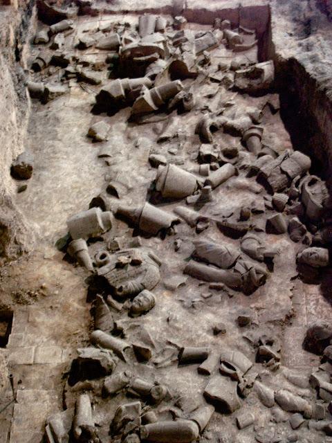Aspecto original de los guerreros de terracota, Xian