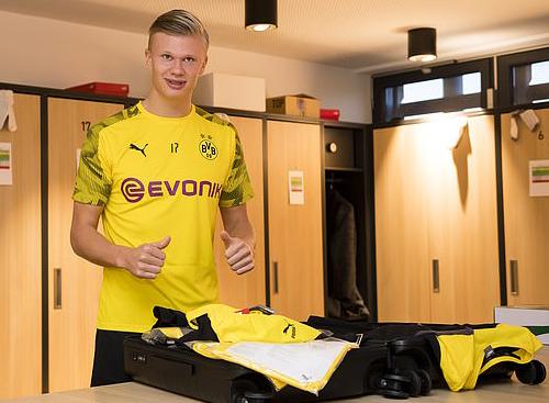 Haaland tiết lộ lý do chọn Dortmund thay vì Man Utd