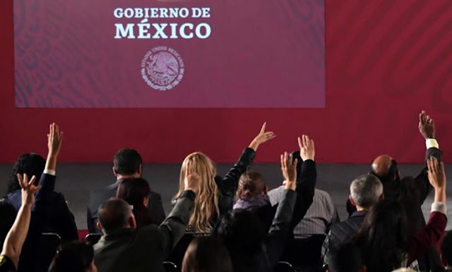 """Gana revista La Nación amparo contra el Gobierno federal para cubrir """"las mañaneras"""""""