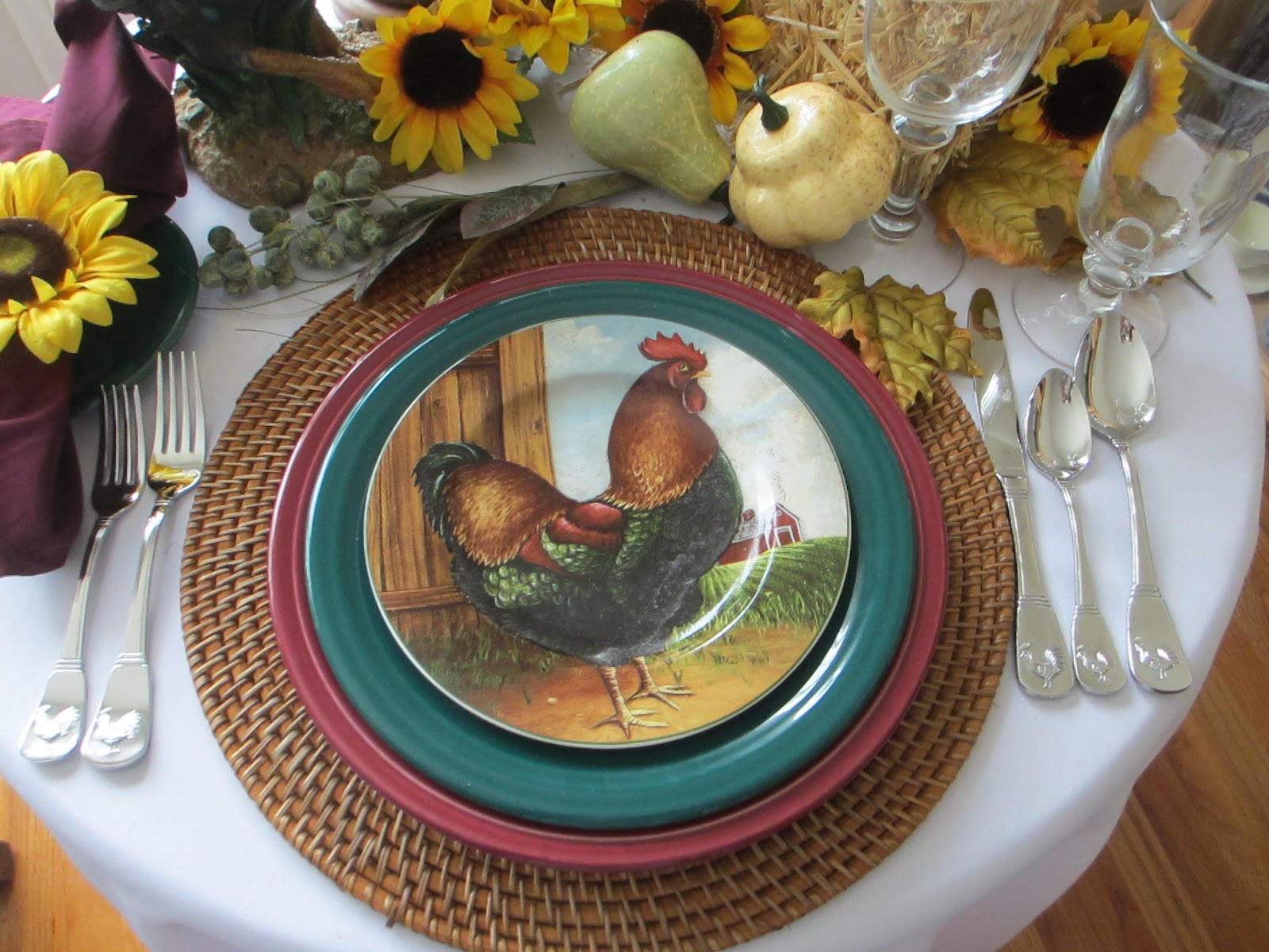 The charger is a \ Cinnabar\  Fiesta(ware) chop plate [2000-2010] and \ Evergreen\  Fiesta(ware) dinner plate [2007-2009] & Table for One: Fiesta(ware) Down on the Farm Table For One