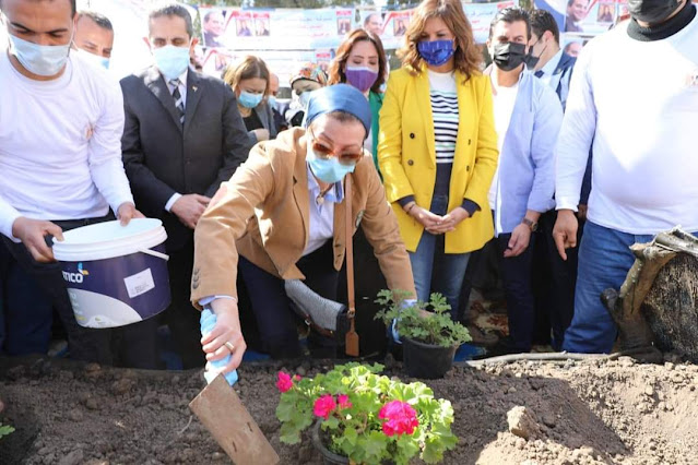 وزيرتا البيئة والهجرة فى زيارة  لصفط تراب بالمحلة الكبرى لتفقد اعمال التطوير بالقرية