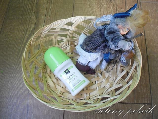 Kosmetycznie: Czy naturalny dezodorant jest w stanie zwalczyć brzydki zapach potu? Lanzaloe - dezodorant.