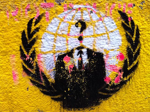 V For Vendetta Mask Stencil Hackschnitzel - Street...